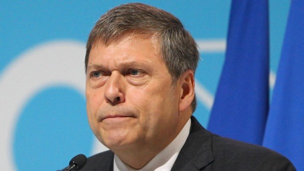 Tata Motors reducing non-core assets to pare debt, says MD Butschek