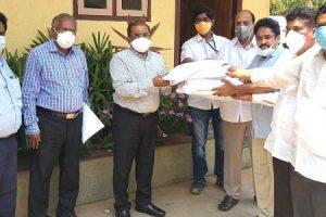 HPCL donates 2,000 PPE Kits