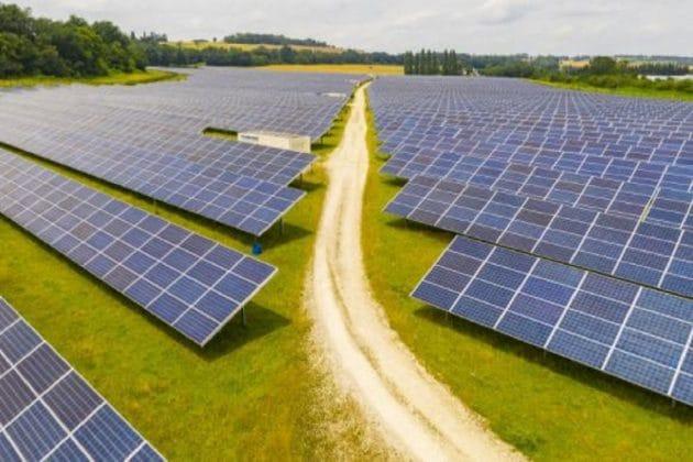 Raj HC temporarily stays Adani's 1500 MW solar energy power project