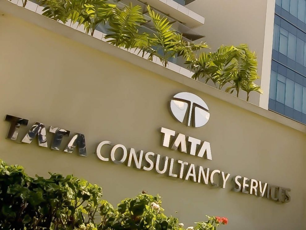 Safe havens TCS, Infosys leave Accenture far behind on valuations