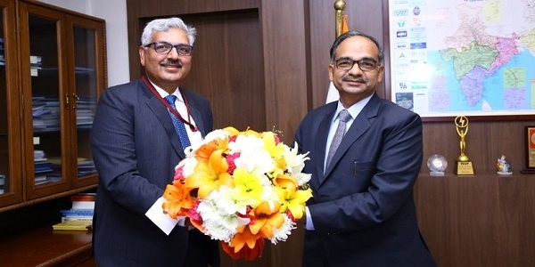 SJVN CMD welcomed Shri Alok Kumar on taking charge